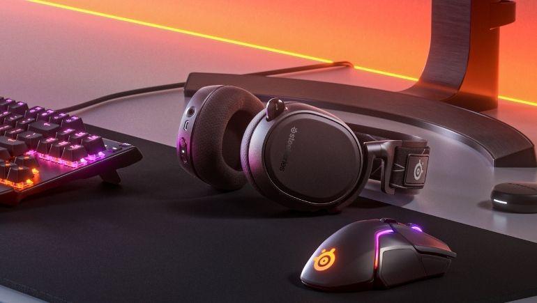 SteelSeries, PC ve PlayStation için Arctis 9 Dual Wireless Kulaklığını Tanıttı